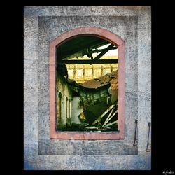 raam naar het verleden