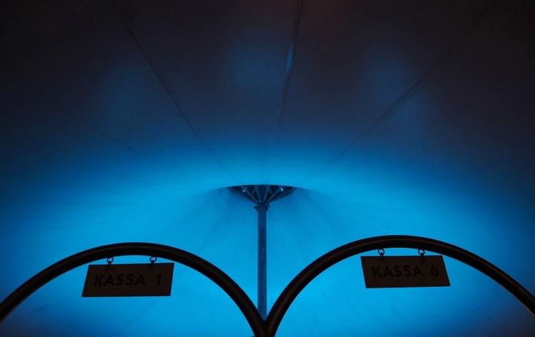 Hemelsblauw - Ingang Blijdorp