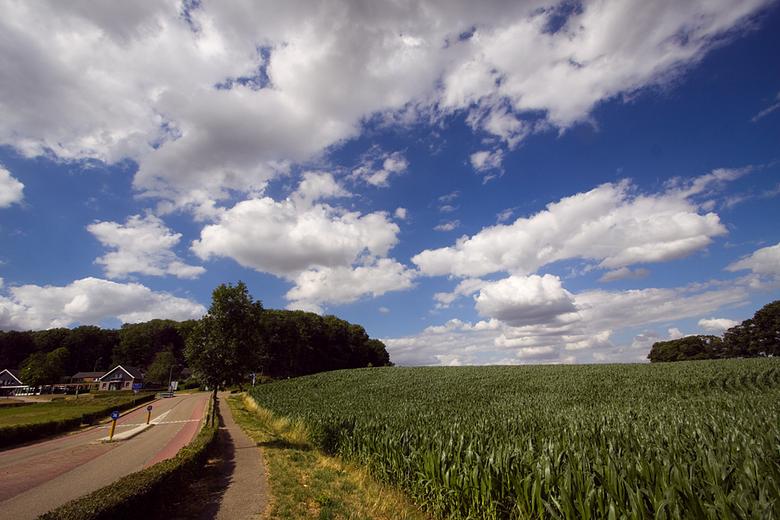 Zuid Limburg - Deze heb ik gister gemaakt in de omgeving van onze vakantie bestemming.<br /> <br /> De eerste week zit er helaas alweer op, maar we
