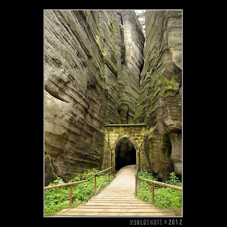 toegangspoort - De poort naar het natuurwonder Adrspach Skaly in Tsjechie. Voor de derde keer geweest, en nog steeds een schitterend gebied.