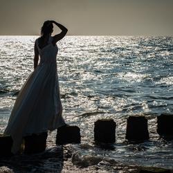 A waiting bride...