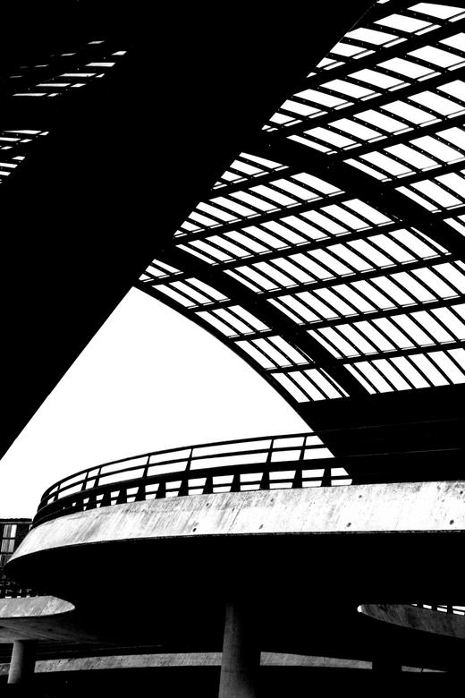 Amsterdam, achter het CS - Hoog contrast opnamen achter het station in Amsterdam.