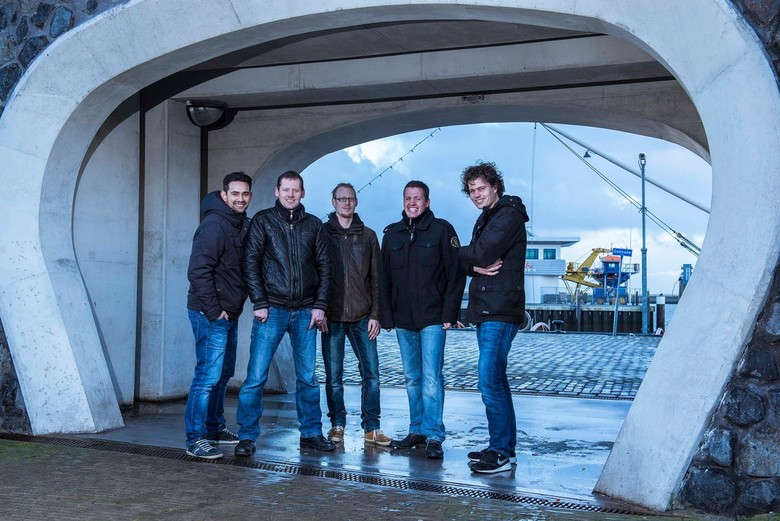 """Op Sien Plaats - """"Op Sien Plaats"""" blues rock cover band uit Harlingen"""