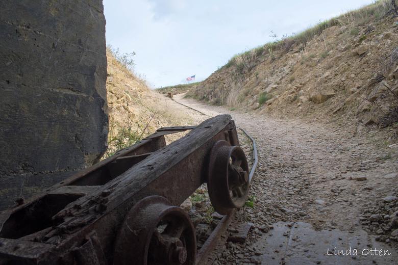 Batterie de Crisbecq  - Transport door de Duitse bunker Batterie de Crisbecq, ten zuiden van Utah beach, Normandië