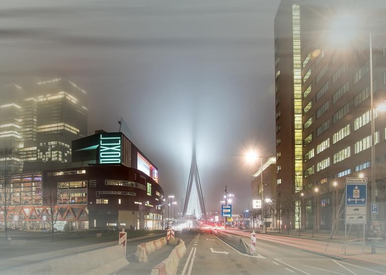 Rotterdam in de mist 3