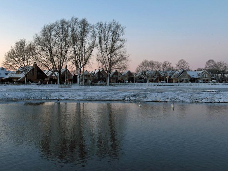 Winter in Odijk - 1 dag na kerst extra vroeg opgestaan.