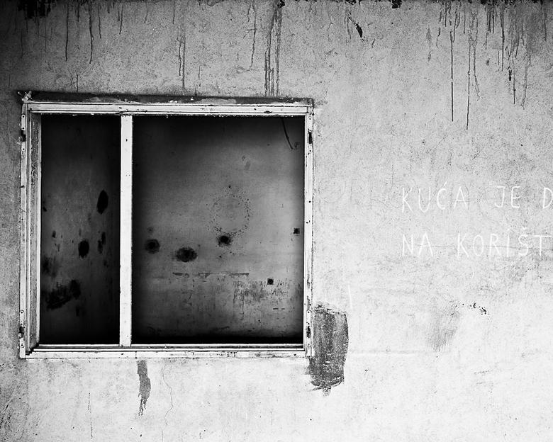 Windows of War - Silent Witness