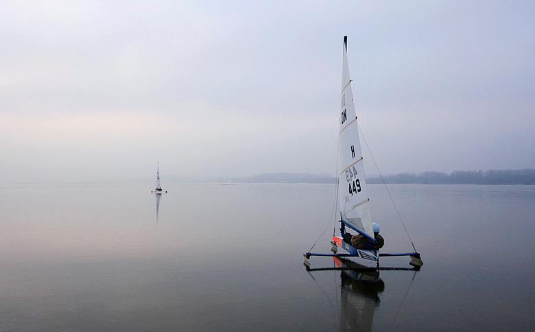 """Racing the horizon... - De vijfde en laatste van de serie ´Racing the ice...´ <br /> <br /> <img  src=""""/images/smileys/smile.png""""/><br /> <br /> G"""