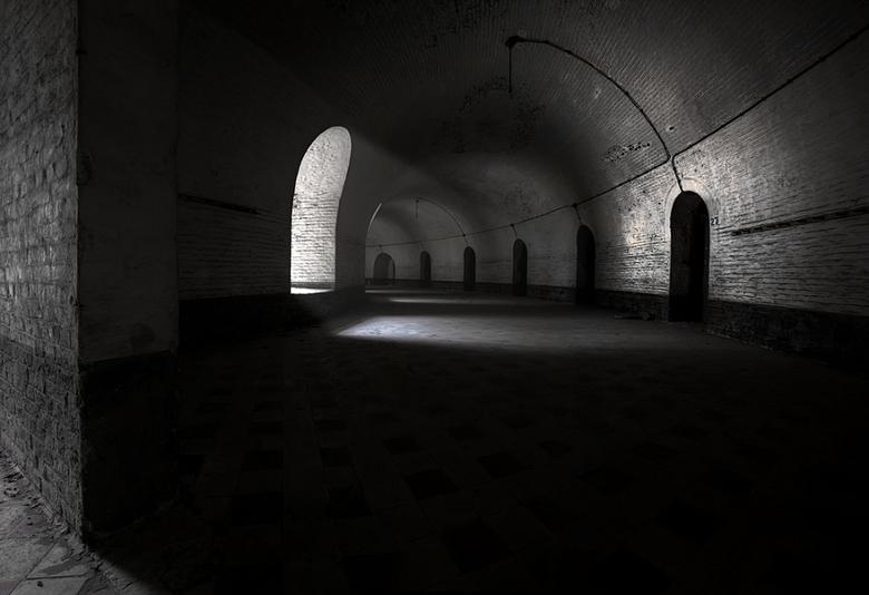 pANOfORT - je zou het niet zeggen, maar dit is een pano van 9...in een welbekend fort in belgie