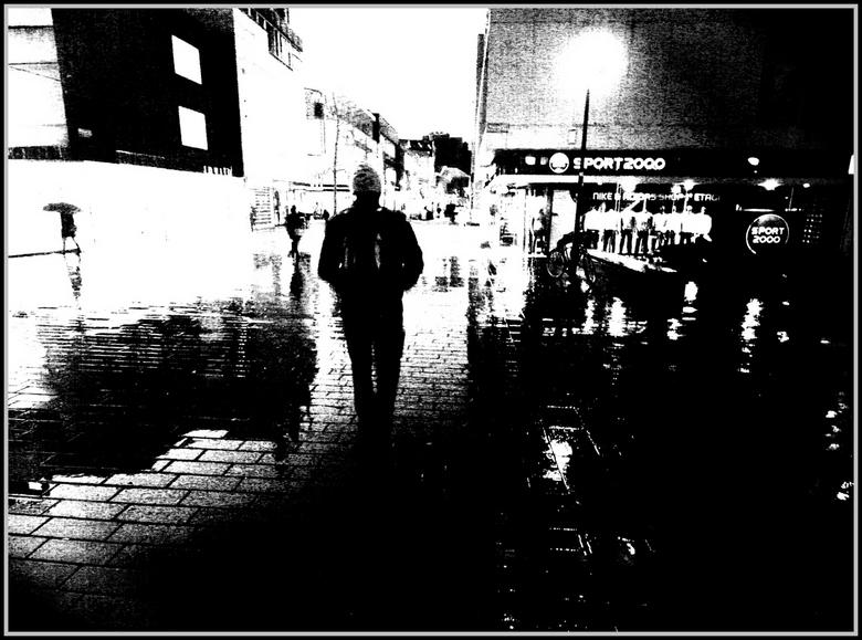 "Sportivo - Zonder paraplu kan het ook <img  src=""/images/smileys/smile.png""/>"