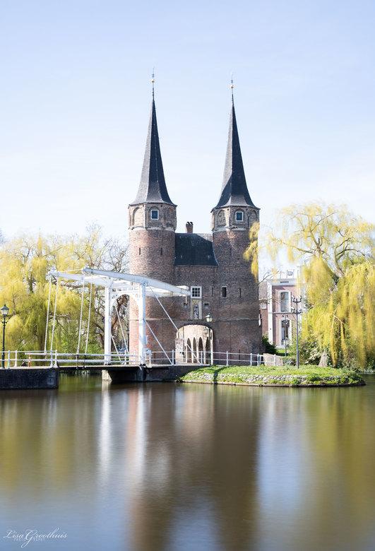 Delft - Oostpoort in Delft. <br /> <br /> S 10 sec.<br /> f/8<br /> ISO-100