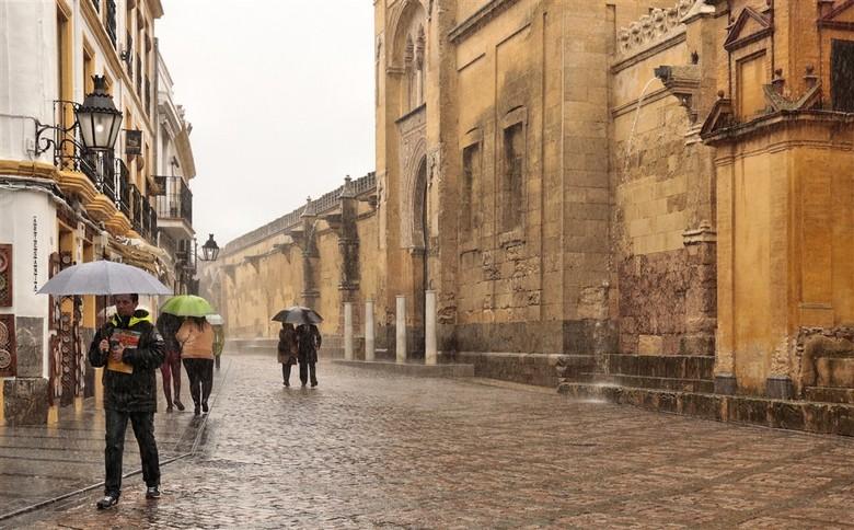 Heel veel regen - In de Cordoba Spanje viel heel veel regen.