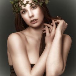 portret Elle Beth
