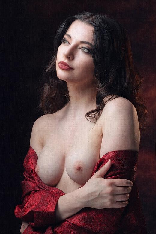 wondrous beauty - Helen Diaz