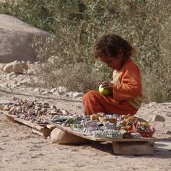 het meisje en de appel