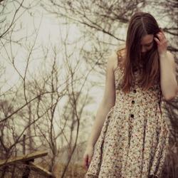 Meisje in het bos 3