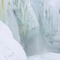 frozen waterfall-4.jpg