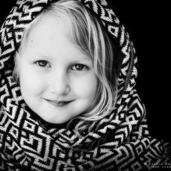 Zwart wit portret meisje