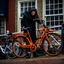 De oranje fiets. En daar is alles mee gezegd.