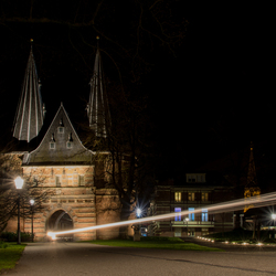 Monument in de nacht