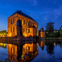 Kasteel Erenstein @ night
