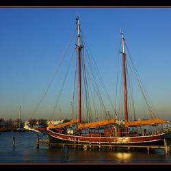 Sail a way ?