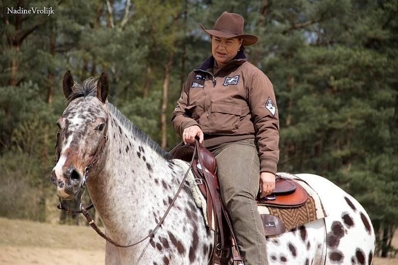 """westernspikkelpaard - zo&#039;n leuk stel dat dit was <img  src=""""/images/smileys/smile.png""""/><br /> zo&#039;n kleur paard zie je ook niet alledaags.."""