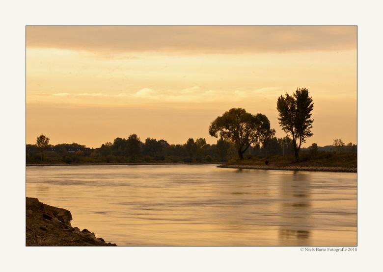 Ochtend aan de IJssel - Een mooie ochtend aan de IJssel bij Doesburg. <br /> <br /> Iedereen ontzettend bedankt voor alle lovende woorden bij &quot;