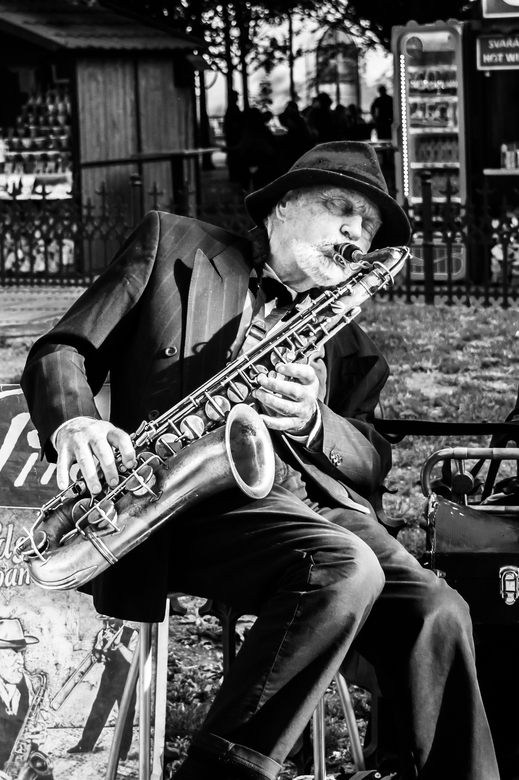 sax in the city -