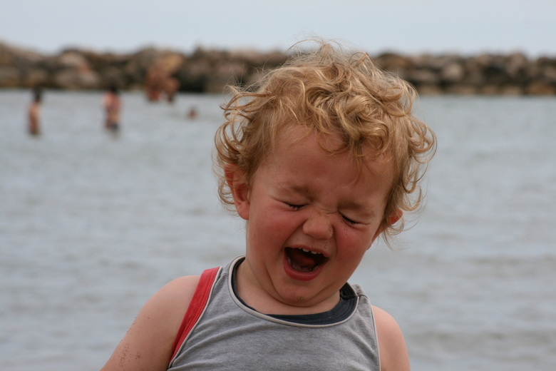 Neeeeeeeeeeeehhhhhjjjjjjjj - Vakantie Frankrijk aan het strand. Mijn neefje Charlie (ruim 1 jaar) is het er duidelijk niet mee eens!! <br /> <br />