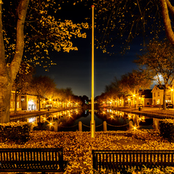 's-Gravendeel by night