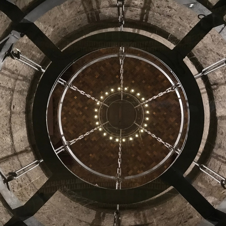 Lamp in de Domtoren Utrecht - Lampcirkel in Domtoren