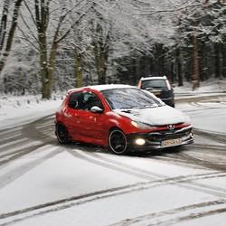 auto in de winter.
