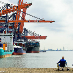 port of rotterdam by joep van rheenen