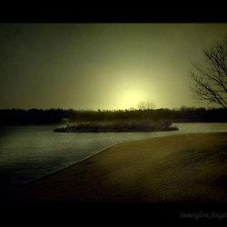 Empty Island ©