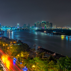 saigon-by-night-(1-van-1)