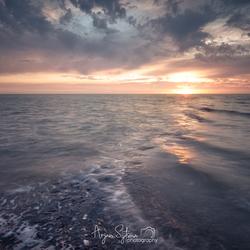Path trough the sea...