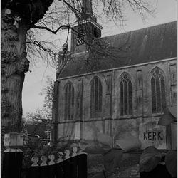 Kerk zwart-wit Canon 650D test.jpg