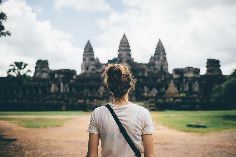 Angkor Wat? - Angkor Wat?<br /> <br /> Neem gerust een kijkje op:<br /> FB: https://www.facebook.com/ShotByCanipel/ <br /> IG: https://www.instagr