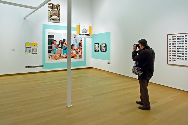 Stedelijk museum 24 - Zoomer Henk Siteur in actie.