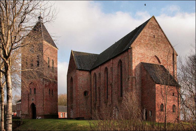 N-H Kerk Zeerijp - Kerk van Zeerijp, een van de prachtige Groninger Kerken die veeal in de 13 e eeuw zijn gebouwd