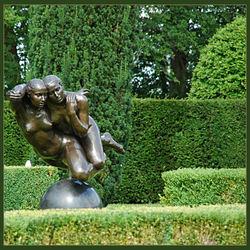 Beeld in de tuin van Verhildersum