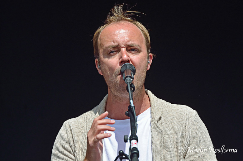 Niels Geuzebroek bij Reuring 2014 Purmerend - Afsluitend optreden van Niels Geuzebroek tijdens de Reuring concerten in juni 2014. <br /> Cityslam van
