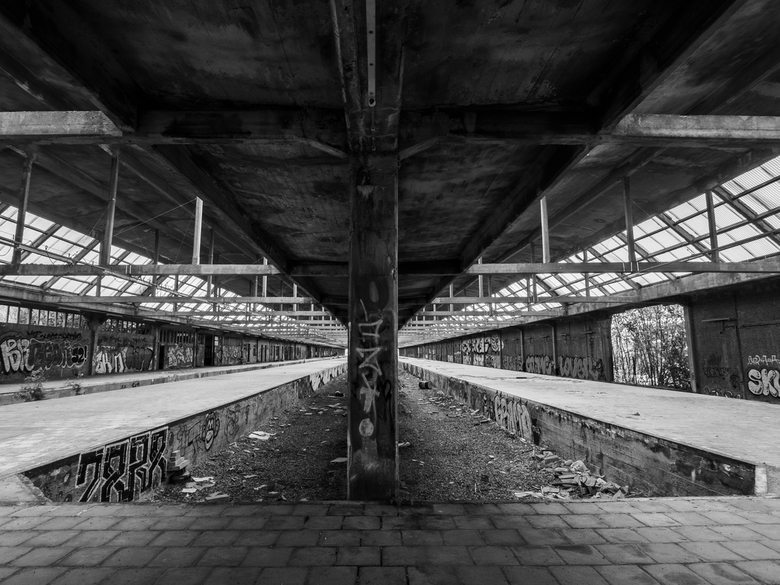Urbex train station -