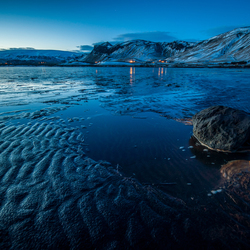 Blue hour in Vik, Ijsland