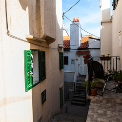 Straatje in Baska Kroatie