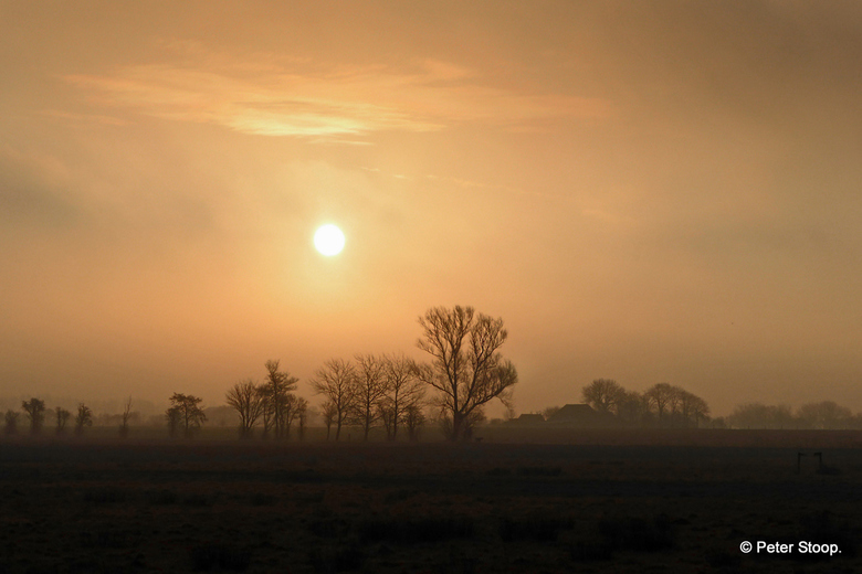 Een waterige zonsopkomst - Vanmorgen een waterige zonsopkomst