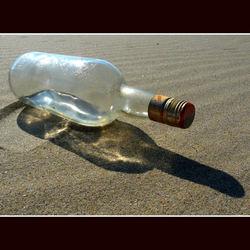 Aangespoelde fles