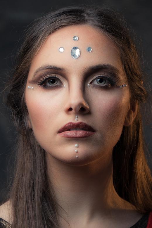 face - model Anibor<br /> MUA Yira Pimentel