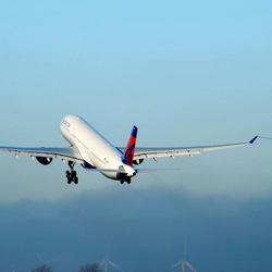 Takeoff Delta A330-200
